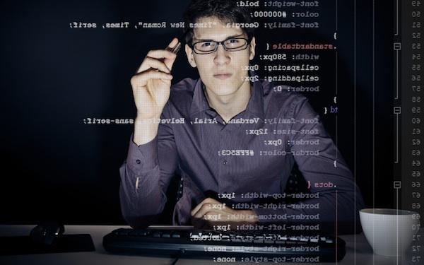 Nasıl yazılımcı olurum ? Yazılımcı hayatı nasıl ?